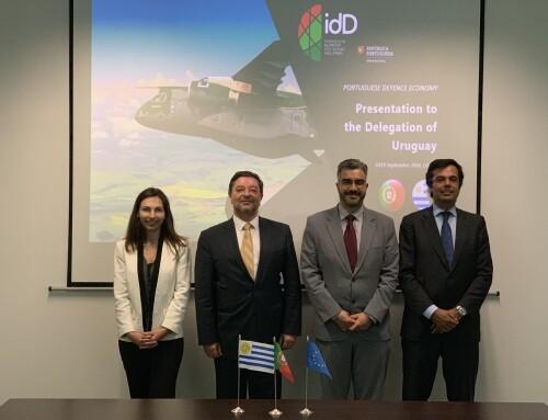 idD recebe Diretor-Geral de Política de Defesa do Uruguai